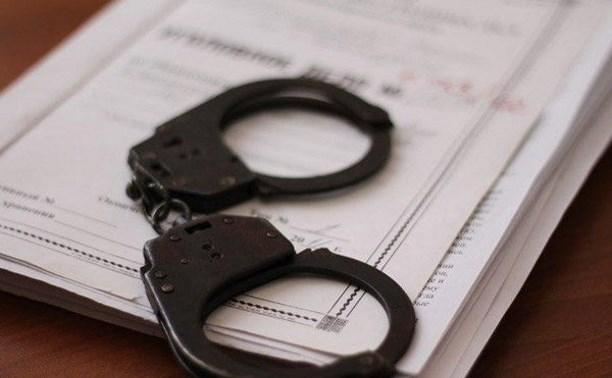 По факту кражи у пенсионерки почти миллиона рублей возбуждено уголовное дело
