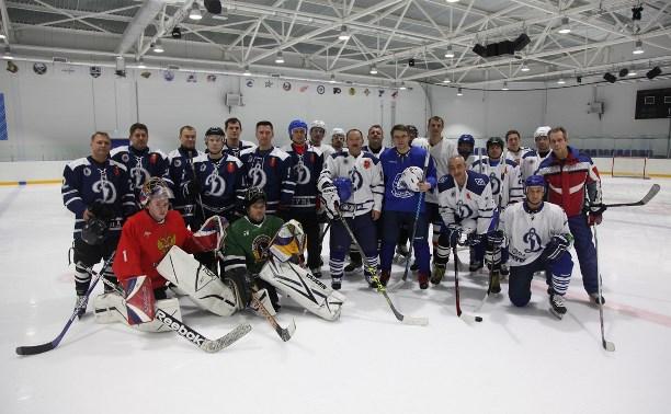 Тульские полицейские провели первый матч своей новой хоккейной команды