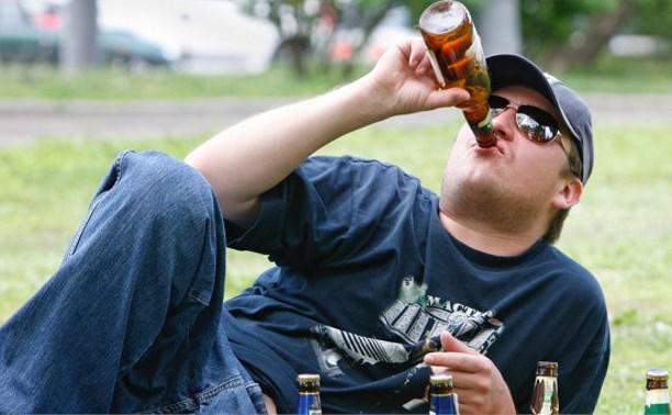 В Госдуме хотят резко увеличить штрафы за распитие алкоголя и нецензурную брань в общественных местах