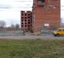 В новомосковском недострое, где разбился школьник, закрывают первый этаж