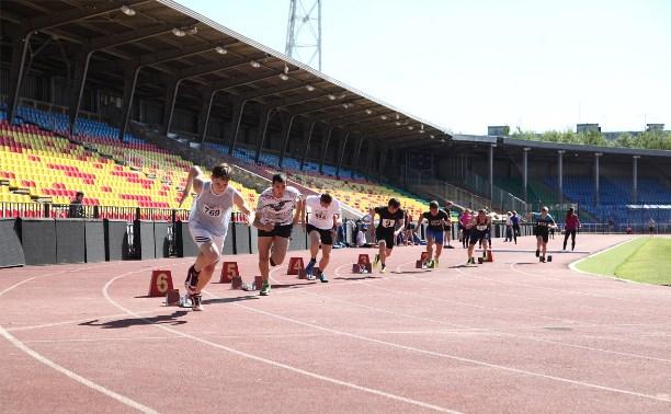 Тульские легкоатлеты соревновались в старшей группе
