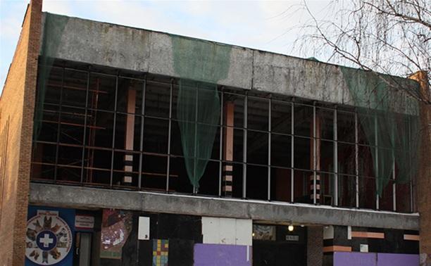 """Власти отказались от идеи продать кинотеатр """"Искра"""""""