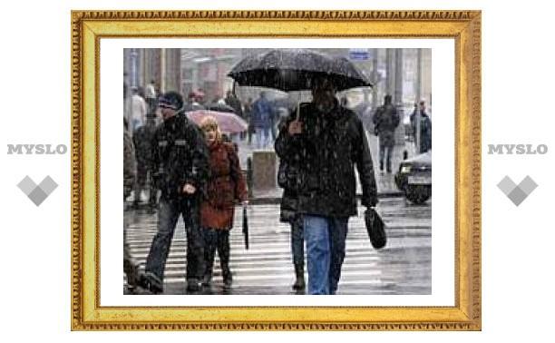 Сегодня в Туле пасмурно и дождливо