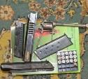 Узловчанина посадили за хранение дома арсенала оружия