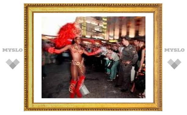 Гости карнавала в Рио могут остаться без защиты полиции