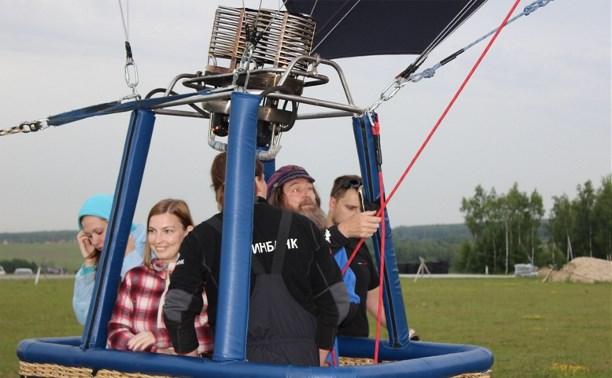 Федор Конюхов полетал на аэростате в Заокском районе