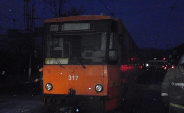 Из-за короткого замыкания в Туле загорелся трамвай