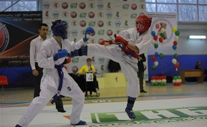 Тульские каратисты бьются за награды на региональном уровне
