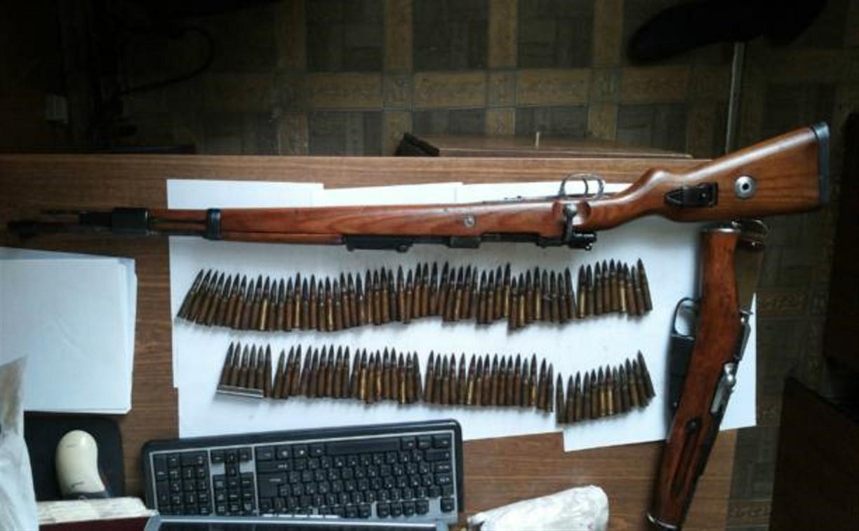 В заброшенном доме в Туле полиция обнаружила арсенал оружия