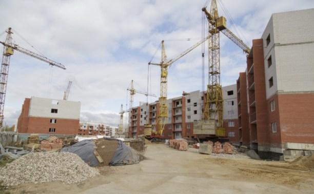 Евгений Авилов проинспектировал строительство домов в Скуратово