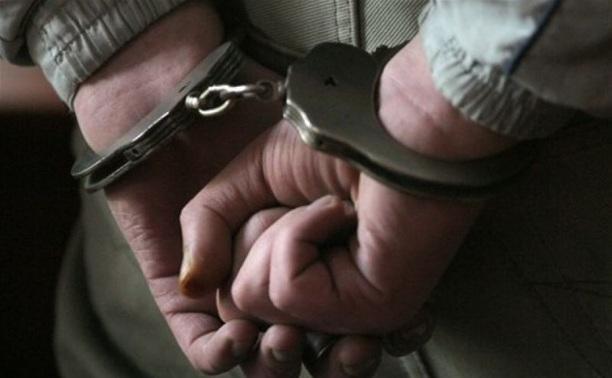 В Щекино подвыпивший парень изнасиловал свою подругу