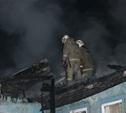 Ночью в поселке Октябрьский сгорел дом