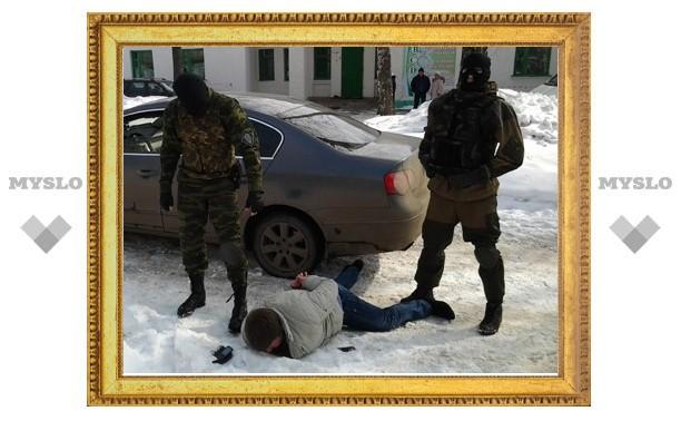 В отношении вымогавших наркотики оперативников возбуждено дело