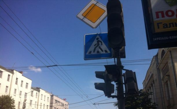 На ул. Гоголевской сломались светофоры