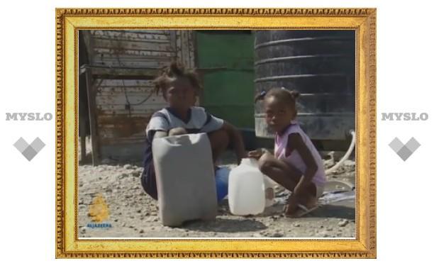 Госпиталь для больных холерой на Гаити закидали камнями
