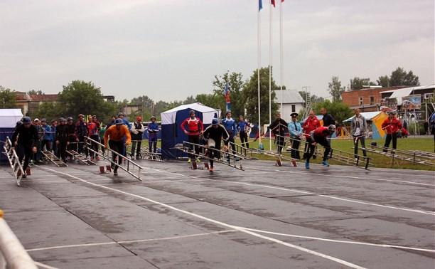 Спасатели подвели итоги второго дня соревнований по пожарно-прикладному спорту