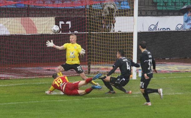 Пенальти, удаление и потеря очков: «Арсенал» упустил победу в драматичном матче с «Рубином» – 2:4