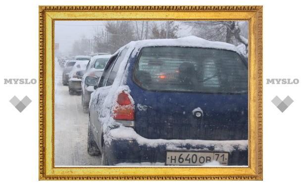 Дорожные службы Тулы не справляются со снегом
