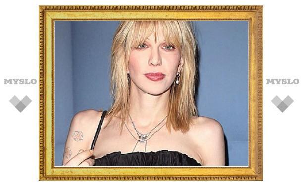 В Нью-Йорке открылась выставка рисунков Кортни Лав