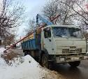 В Туле КамАЗ-манипулятор сбил газовую трубу