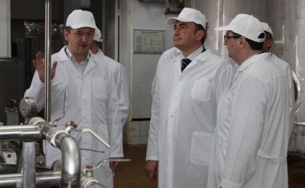 Алексей Дюмин посетил Узловский молочный комбинат