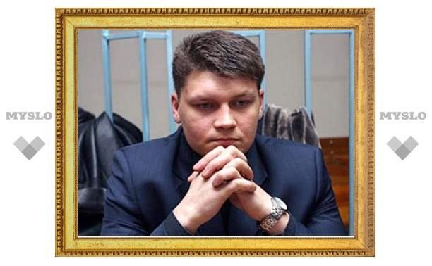 Медведев пообещал вернуться к делу Сергея Аракчеева