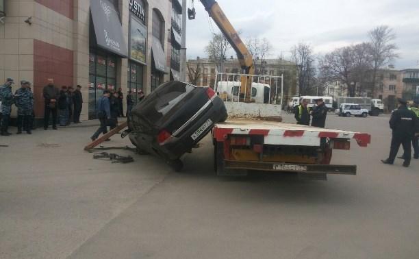 Владелец автомобиля Opel, который «упал» с эвакуатора, решил продать машину