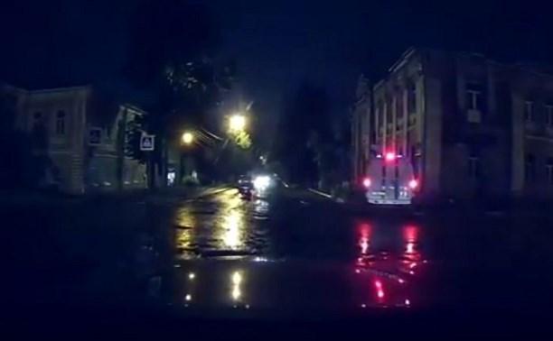 В Туле машина службы спасения попала в ДТП