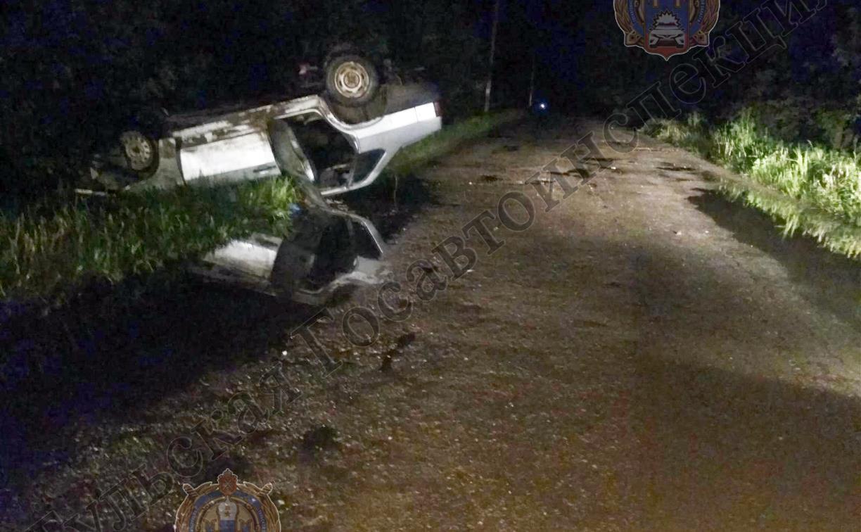 В Тульской области ВАЗ опрокинулся на крышу: пострадал водитель