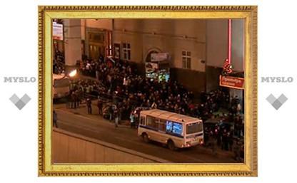 Полиция задержала 500 человек в Москве и Петербурге