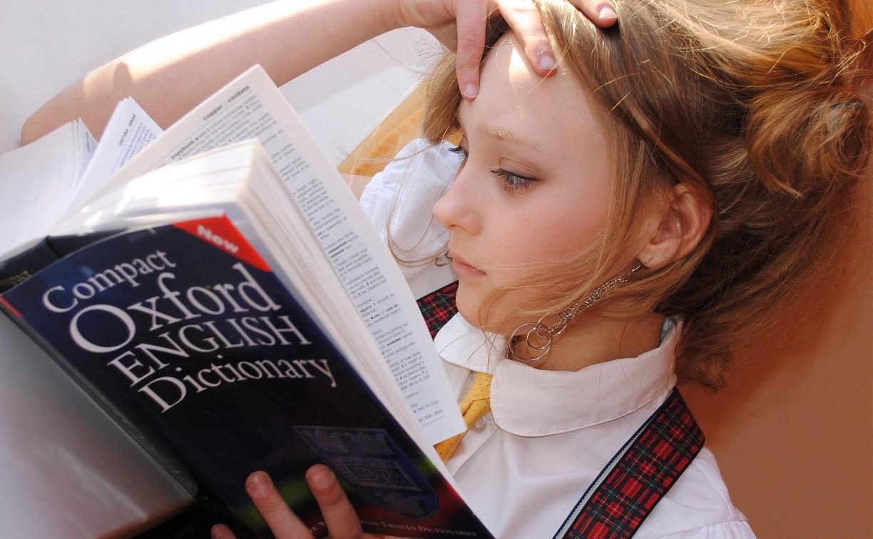 Проект «Языковая среда» приглашает на занятия по английскому и испанскому языкам