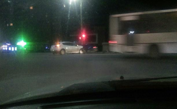 На проспекте Ленина пьяный водитель «Шевроле» столкнулся с «Рено»