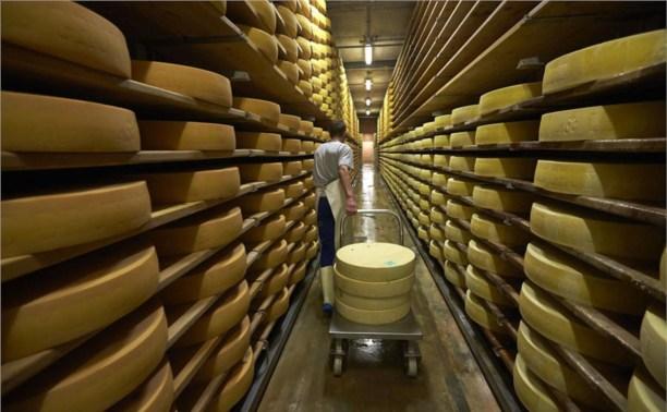Импорт швейцарского сыра в Россию вырос в 5 раз