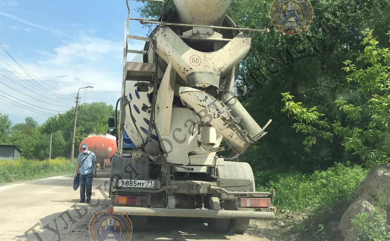 В Туле сотрудники ГИБДД поймали «бесправного» водителя бетономешалки