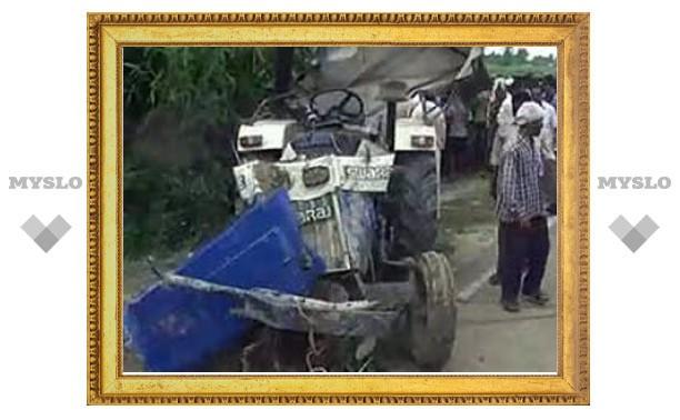 В Индии утонули более 40 паломников