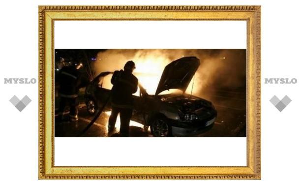 В Туле сгорело пять машин