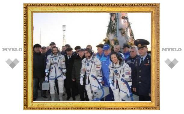 "С Байконура к МКС стартовал ""Союз ТМА-18"""
