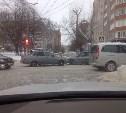 Сильный снегопад серьёзно ухудшил дорожную обстановку