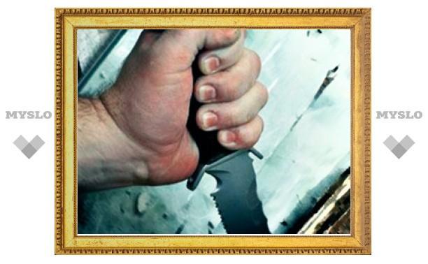 Бывший зек ранил ножом охранника завода ЖБИ в Туле
