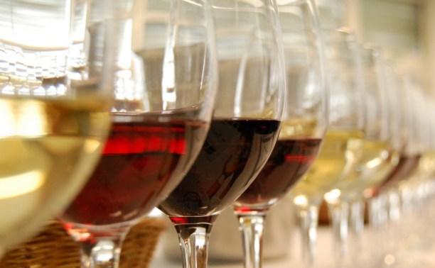 Виноделы Крыма попросили ограничить ввоз европейского вина в Россию