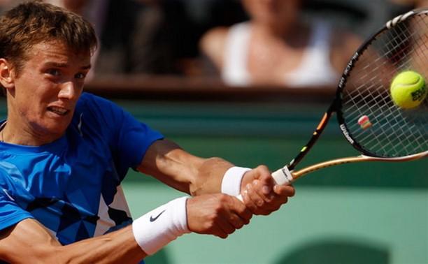 Тульский теннисист Андрей Кузнецов проиграл во втором круге лондонского турнира Wimbledon теннисисту из Сербии