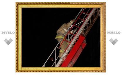 Во время ночного пожара в Туле спасены 32 человека