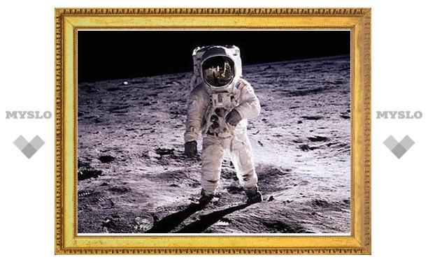 Нехватка денег поставила под угрозу возвращение американцев на Луну