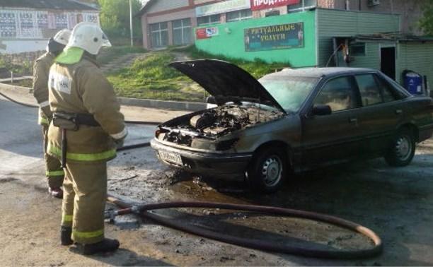 В Черни из-за короткого замыкания сгорел автомобиль
