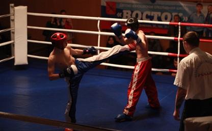 В Туле прошла матчевая встреча звезд кикбоксинга