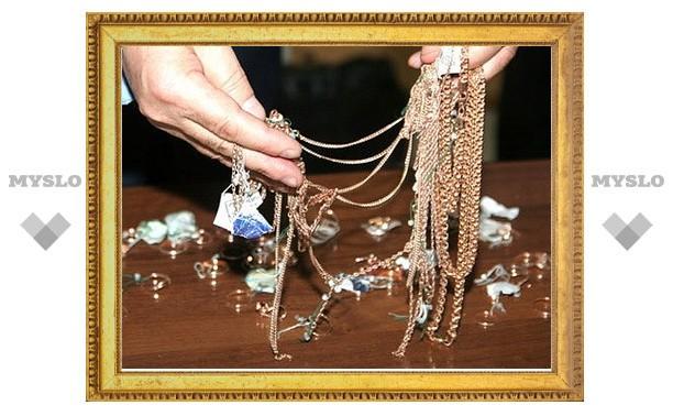 В Заречье ограбили ювелирный магазин