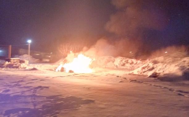Туляк: «Оптовая база по ночам сжигает мусор в жилом квартале»