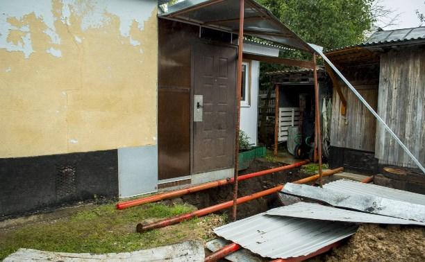 В Туле из-за обрушения шурфа шахты уходит под землю частный дом