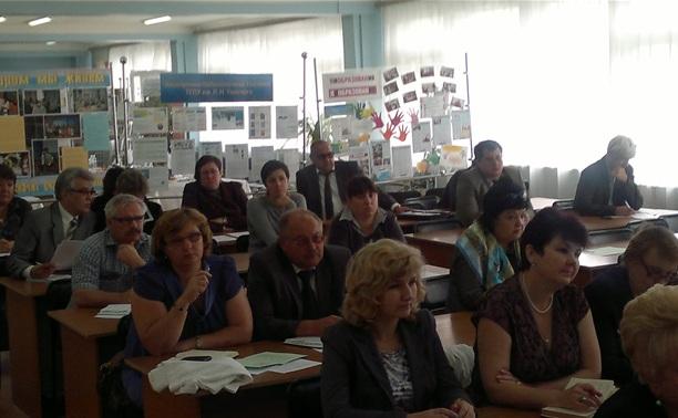 Денис Бычков: «Помимо материальных поощрений, молодым учителям необходима благоприятная атмосфера для работы»