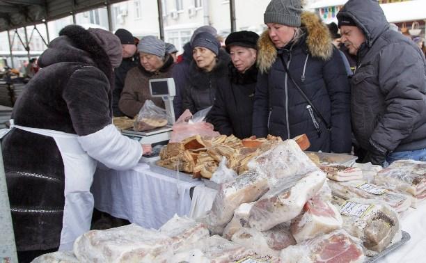 В Тульской области запретили проведение ярмарок и торговлю непродовольственными товарами на рынках